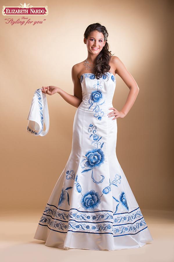 Grande couture menyasszonyi ruhák - 15-809 Menyasszonyi ruha  tört ... 89166efa9c