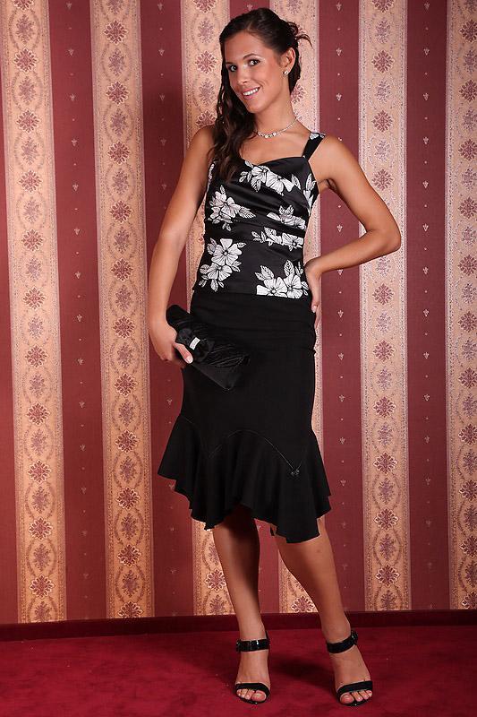 2a567da89 Koktélruhák - 13-140 fekete-fehér loknis - Menyasszonyi ruhák ...