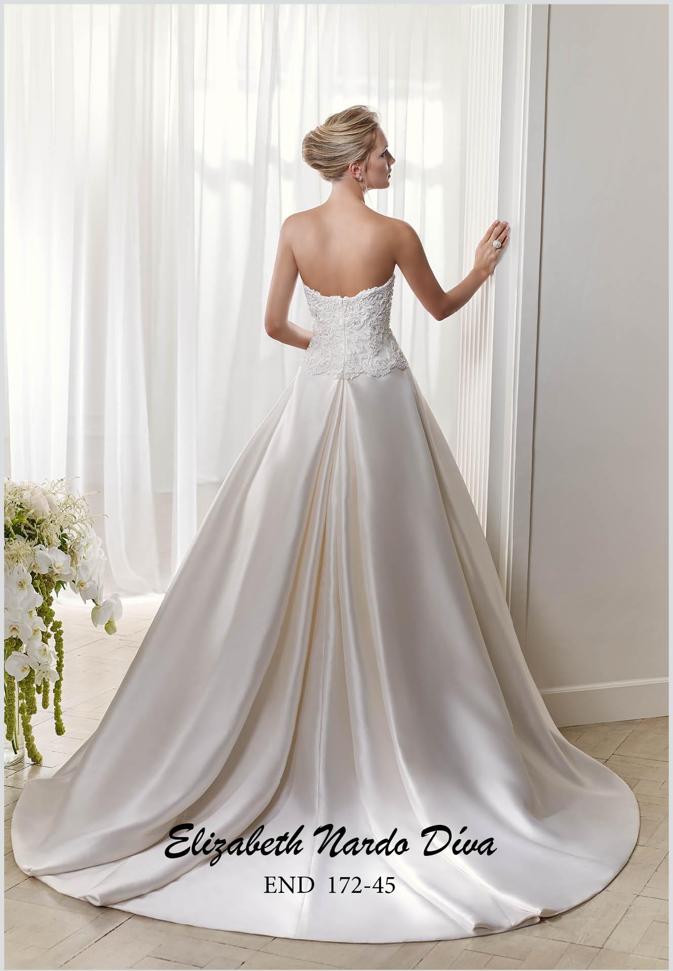 Menyasszonyi ruhák Elizabeth Nardo Paris - Menyasszonyi ruha ... 769374ff0a