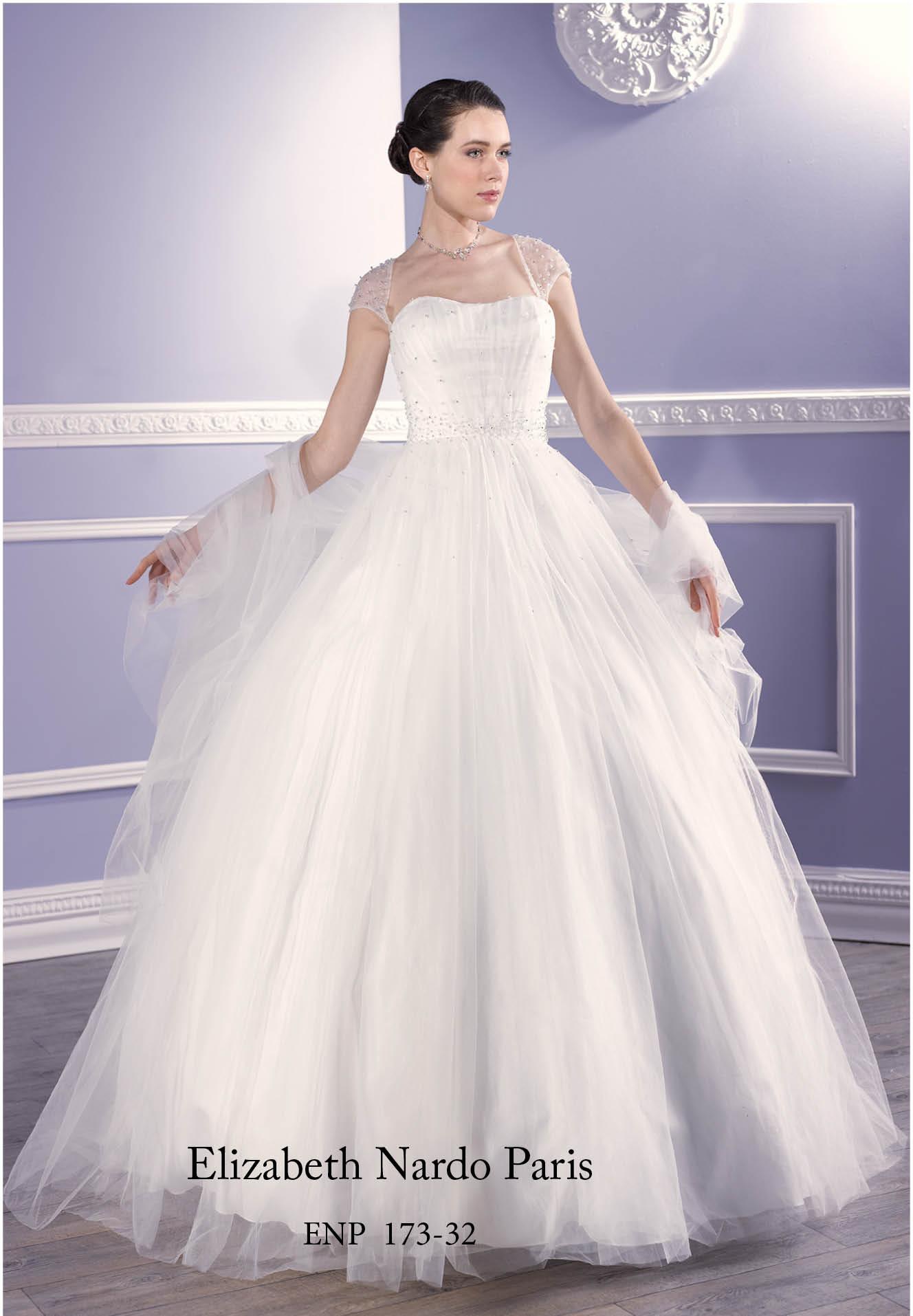 e0cba7dfde Menyasszonyi ruha és menyecske ruha Plus Size - Plus size ...