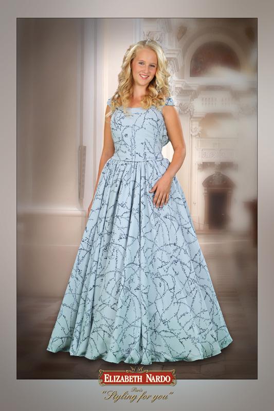 55bb1e5b78 Kislány koszorús ruhák - Britney - Kevin 003 - Menyasszonyi ruhák ...
