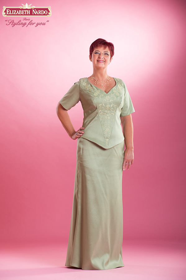 f92106f88e 15-405 örömanya ruha: zöld szinü, himzett kétrészes - Menyasszonyi ...