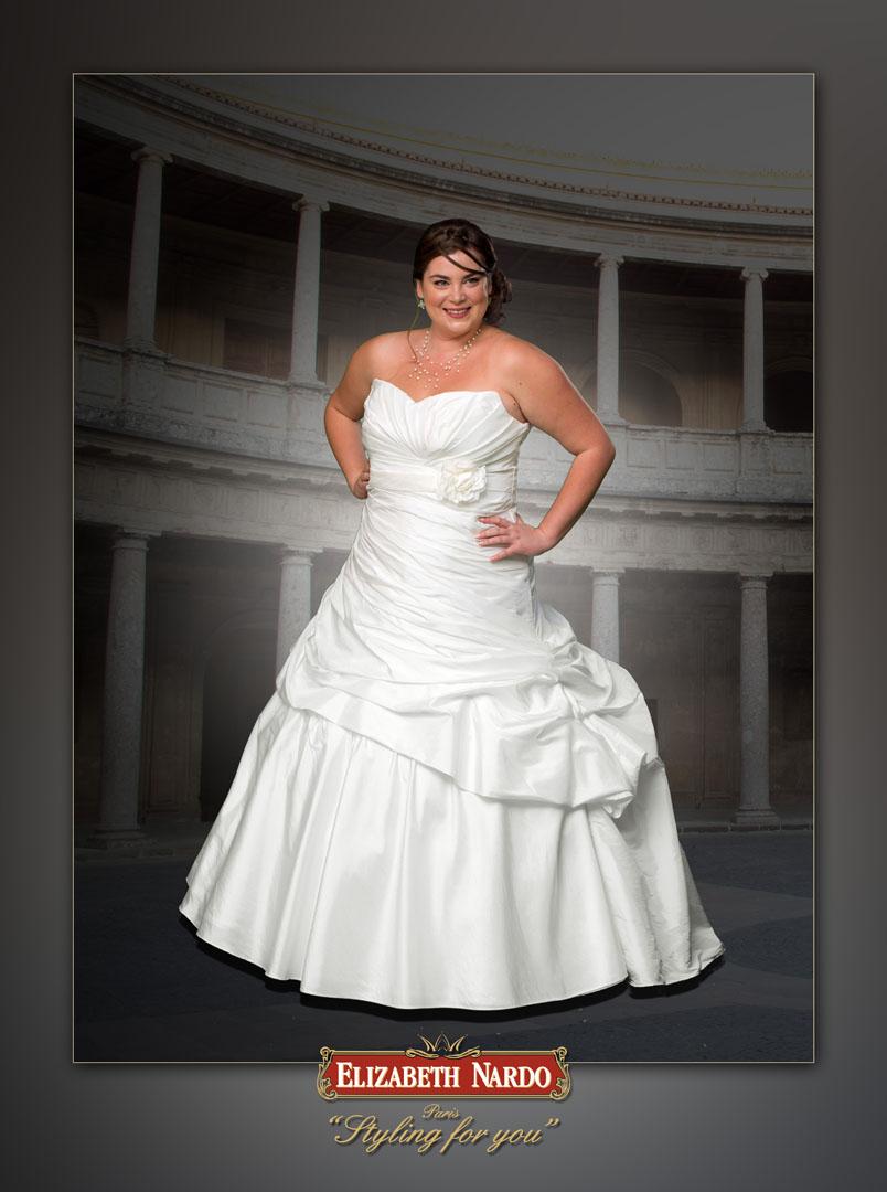 bcb3cea028 Menyasszonyi ruha és menyecske ruha Plus Size - Menyasszonyi ruha ...