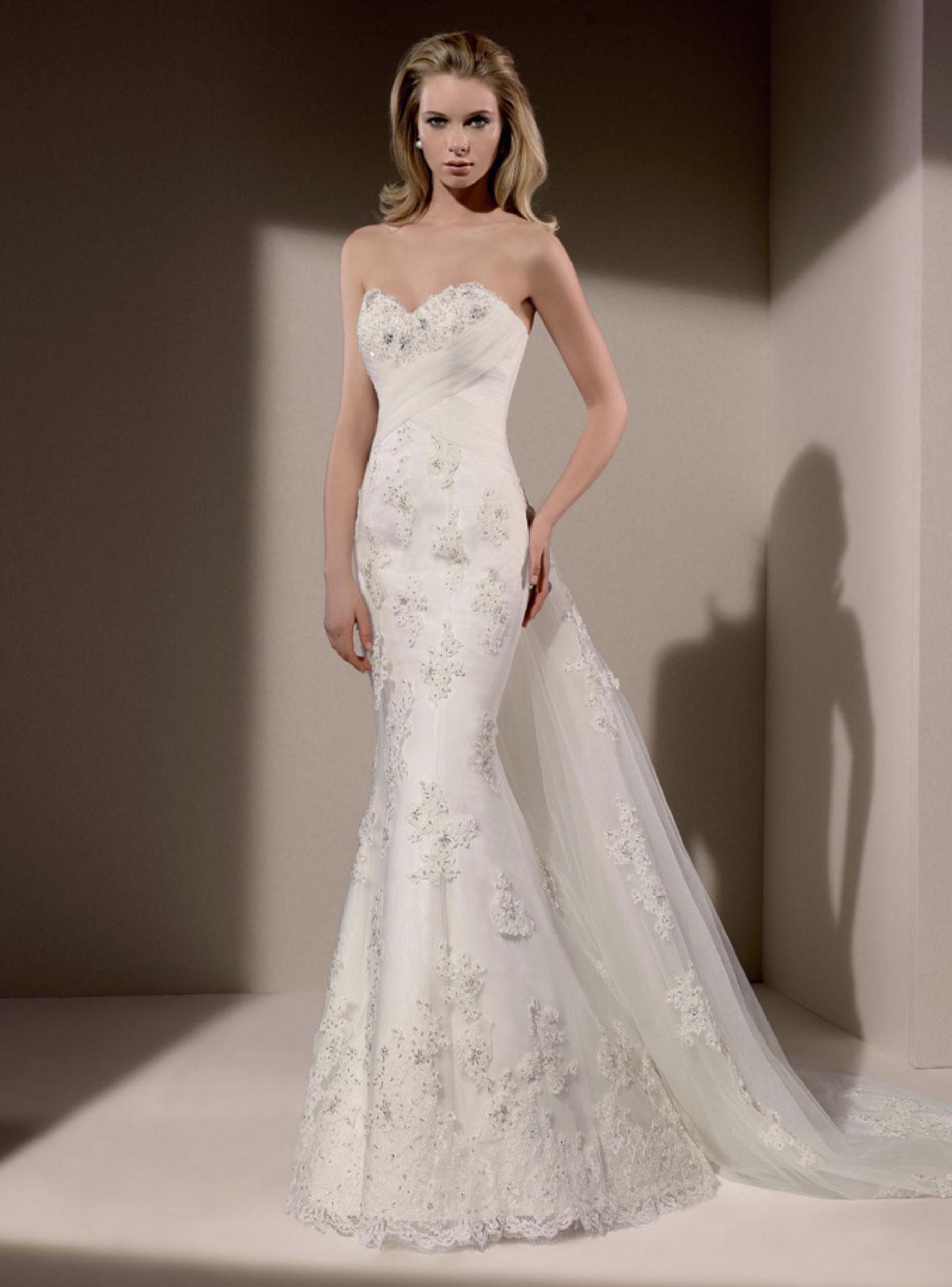 0191327651 Menyasszonyi ruha modelljeink Párizsból - Menyasszonyi ruha, Divina ...