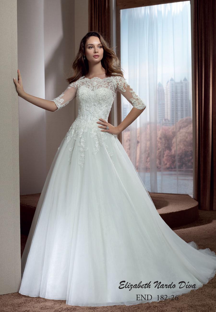 Menyasszonyi ruhák Elizabeth Nardo Paris - Menyasszonyi ruha ... 703a5bf14f